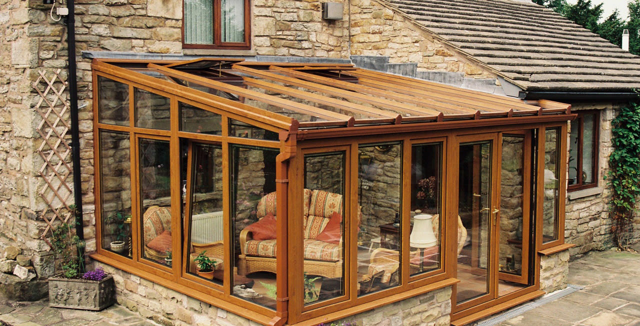 Wooden Lean-To Conservatory